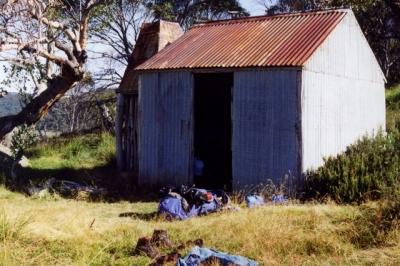 Kidmans - Farts 19930030 crp.jpg