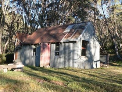Horsecamp Hut. - P1080342.JPG