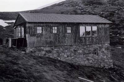 1977 - huts0013.jpg