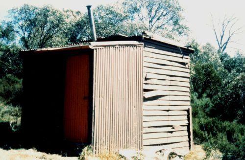 Diana (also known as Orange) Hut 1988 - Diana_Hut1988_2.jpg