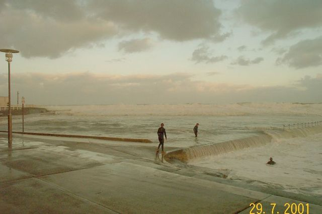 Stormy weather - beach_3.jpg