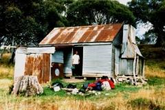 Happys Hut 1990 - Happys1990.jpg