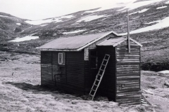 Ladder in case of deep snow 1977 - huts0008.jpg