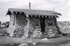 1977 - huts0002.jpg