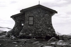 1977 - huts0003.jpg