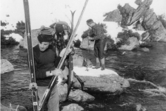 1970 Crossing Valentine River at Valentines Hut - Old Ski Photos0012 c a.jpg